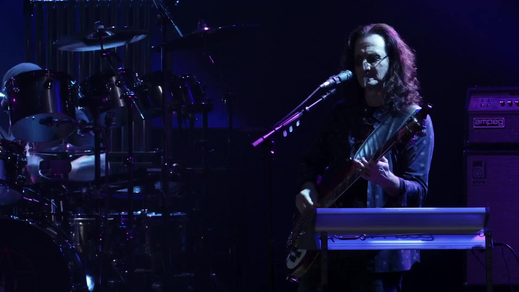 Rush R40 Closer to the Heart