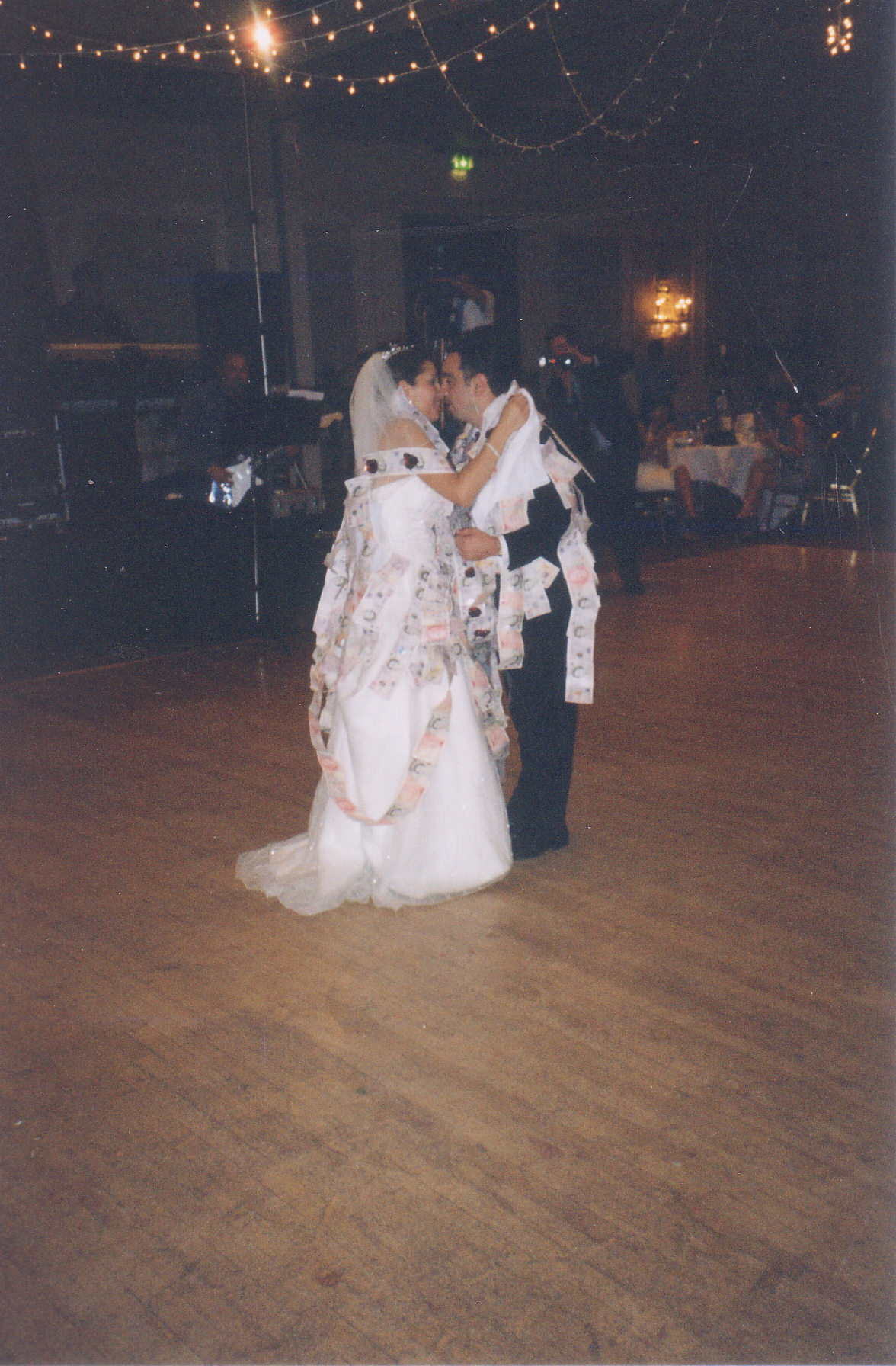 Brode & Groom First Dance