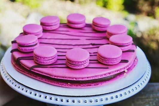 Chocolate Toffee Bits Macaron Cake! Read
