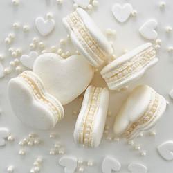 White Heart Pearl Macarons