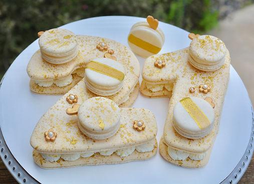 macaron cake - lemon.jpg