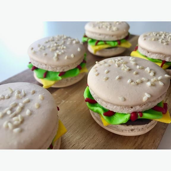 Cheeseburger Macarons