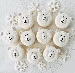 Polar Bear Macarons