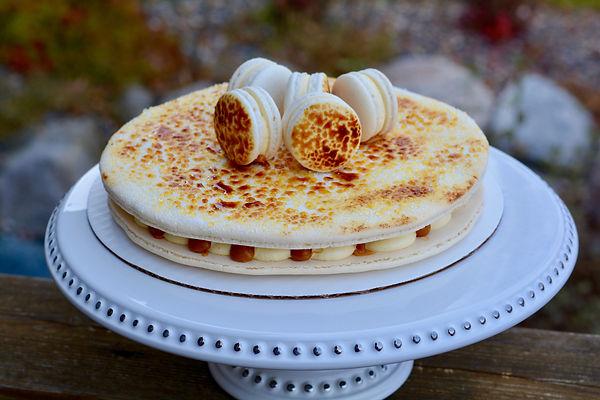 Creme Brulee Macaron Cake.jpg