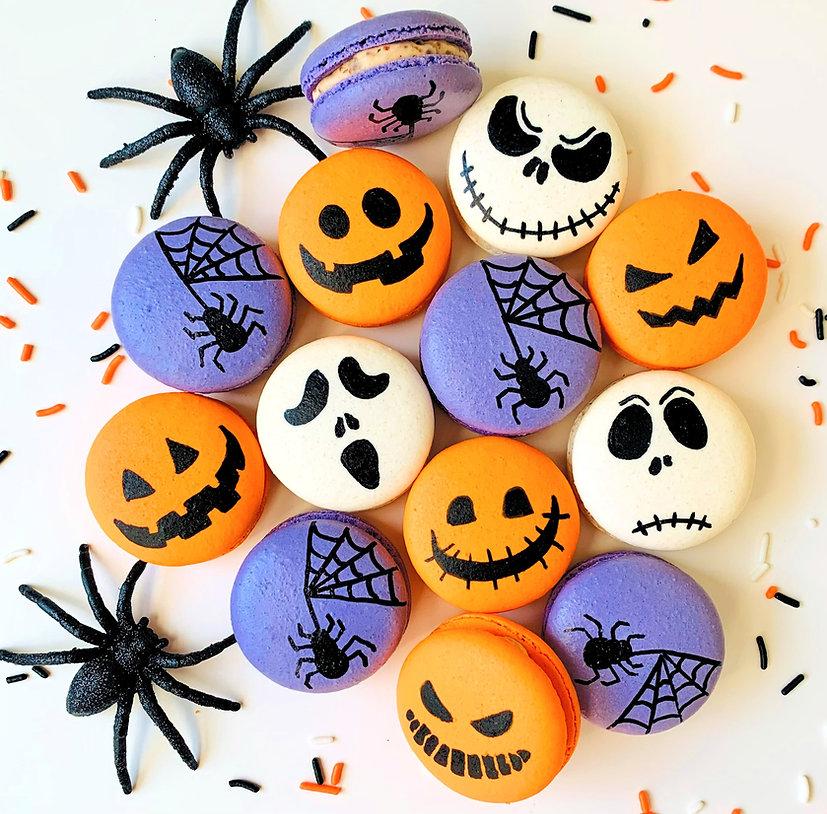 Halloween Macaron Box_edited.jpg
