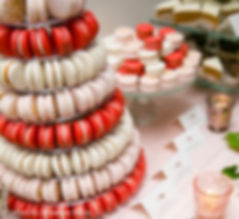 Macaron Tower Red Velvelt Ivory Pink Gol
