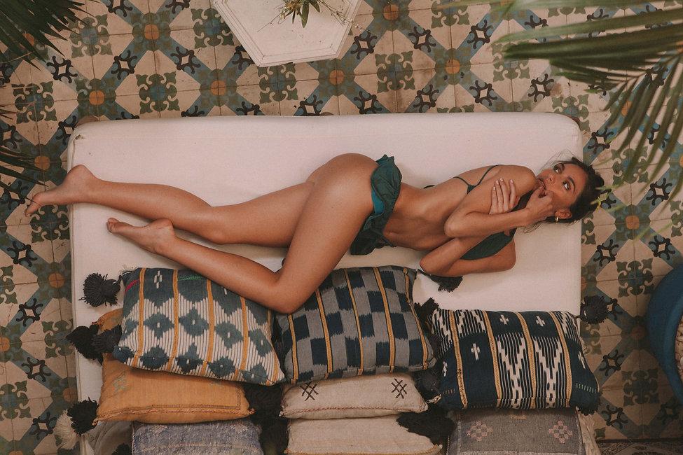 Bikini Mary V1 Lado_2.jpg