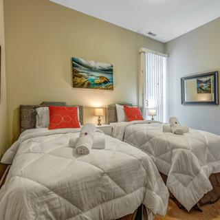 6433-S-Kenwood-Bedroom-1.jpg
