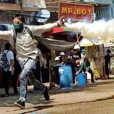 myanmar police refuse shoot order