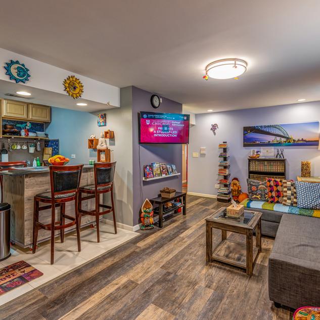 6433-S Kenwood-Living-Room-1.jpg