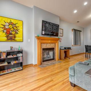 5848-Prairie-Upstairs-Living-Room-1.jpg