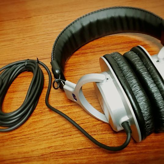 DTM用ヘッドフォン
