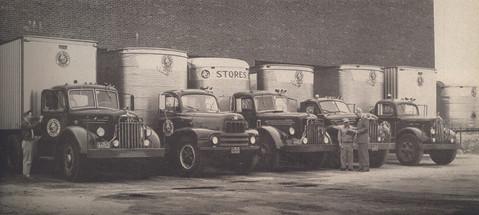 AGNE Grocers Warehouse Trucks