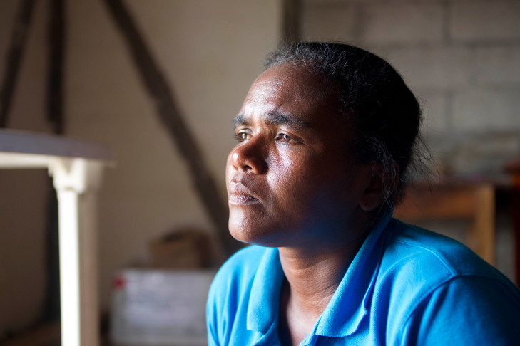 Lucy, a Colombian refugee, arrived to Ecuador 7 years ago. After receiving legal status she opened a clothes manufacturing business and now employs other refugees.