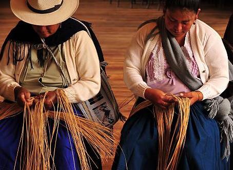 Sombrero de paja toquilla ecuatoriano reconocido como Patrimonio de la Humanidad por la UNESCO