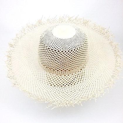 Sombrero Mujer Trama