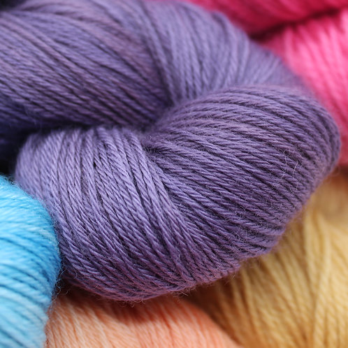 Natural Dyeing with Caroline Bawn of Gorgeous Yarns