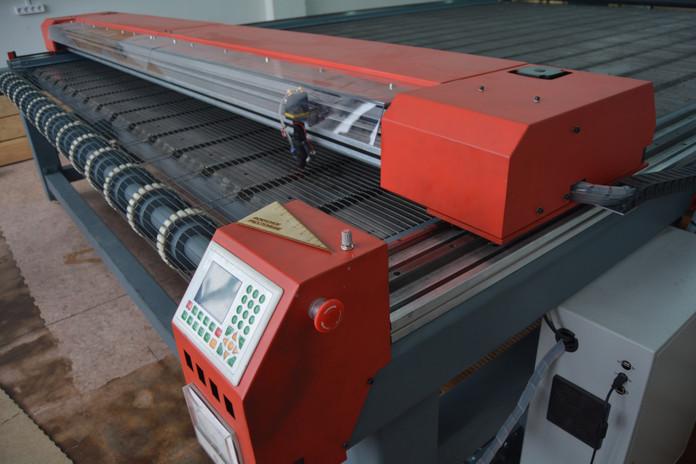 CNC-SL3040.JPG