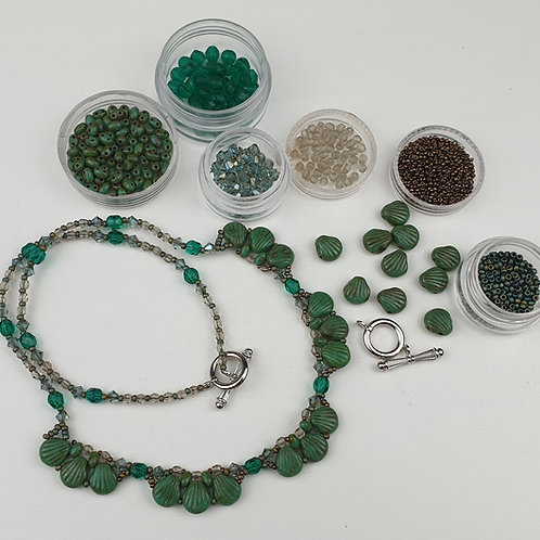 ערכה להכנת שרשרת Shell Douo בשילוב חרוזי קריסטל צבע ירוק טורקיז