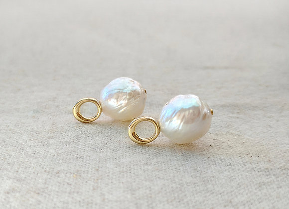 Snow white - 13mm Baroque freshwater pearl earrings