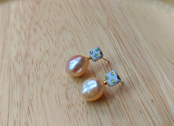 Cute Czech bead stud earring with large potato pearl
