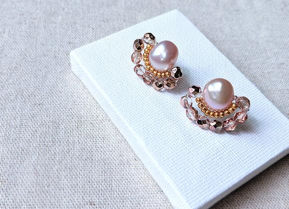 Beaded shining earring with purple potato pearl