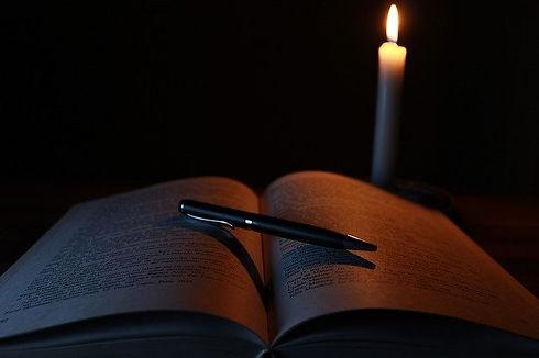 candle-1646765_640.jpg