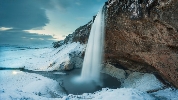Iceland-Seljalandsfoss-waterfall-winter-