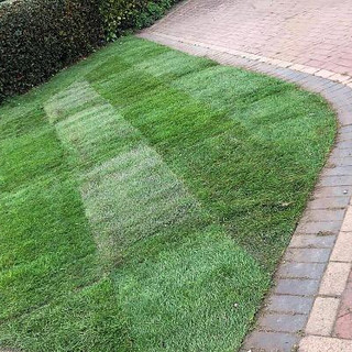 re turf fitting job by lord of the lawns