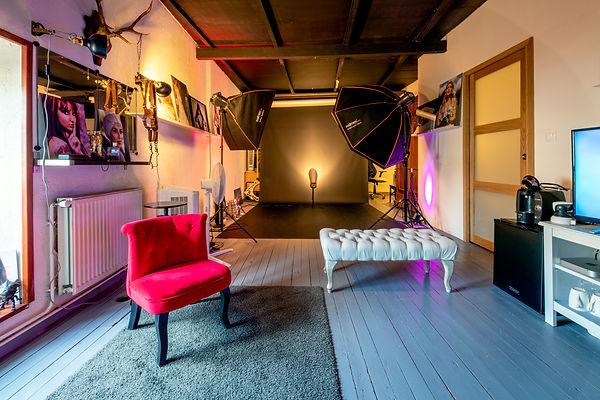 le studio230120.jpg