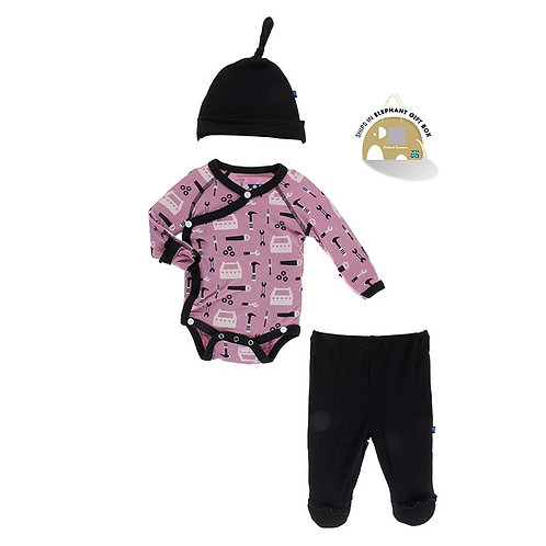 Print Ruffle Newborn Gift Set with Single Knot Hat Pegasus Construction