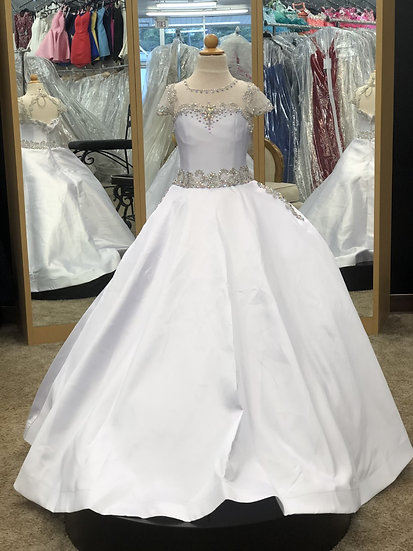 Ritzee Pageant White C746