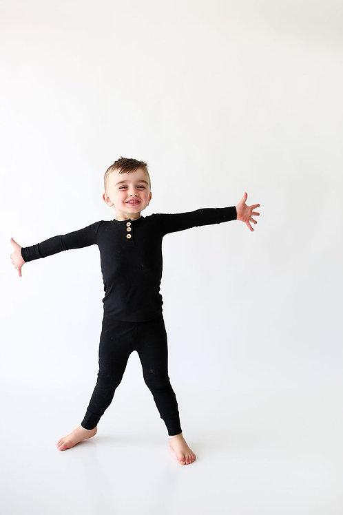 Posh Peanut Solid Ribbed Black Long Sleeve Henley Loungewear