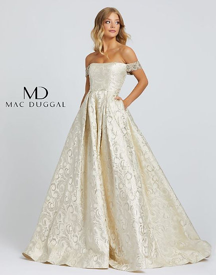 Mac Duggal 67081 Light Gold