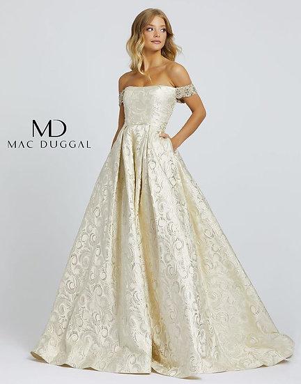 Mac Duggal 670181 Light Gold