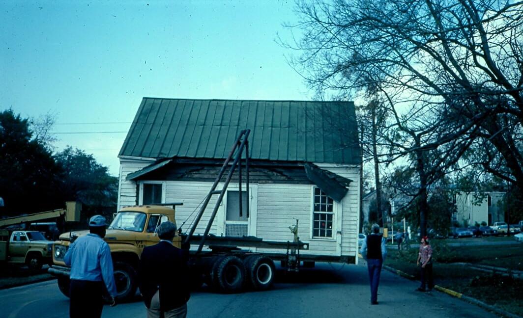 cottage moves1.jpg