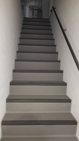 スタジオまでの階段