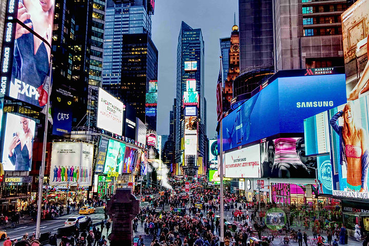 IMG_2002 times sq compressed and copyrig