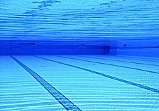 limpeza-profissional-de-piscina-tratamento-água-condomínio-rj