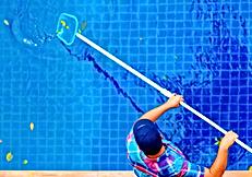 tratamento-piscina-limpeza-borda-água-cl