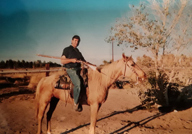 Long gunning from horseback