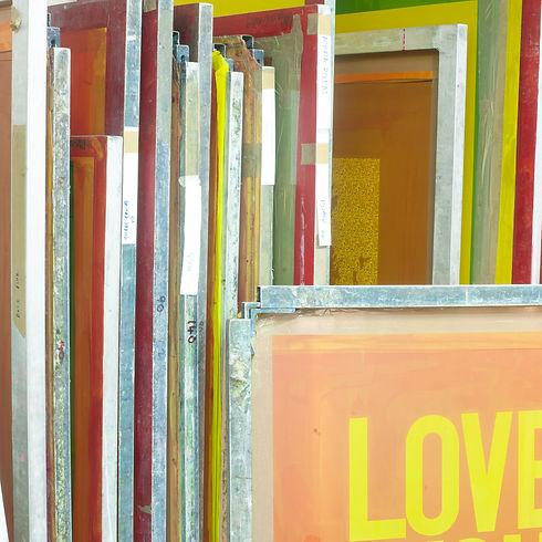 Silkscreen printing screens