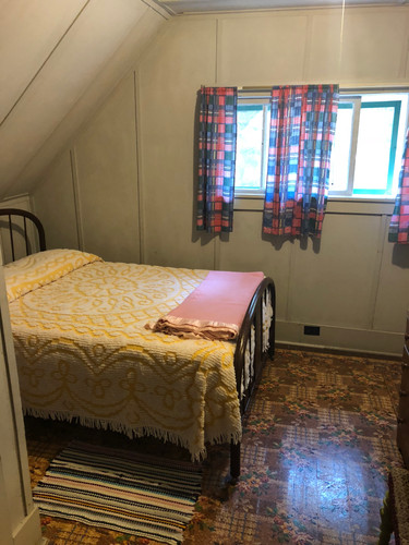 Upstairs room with double bed