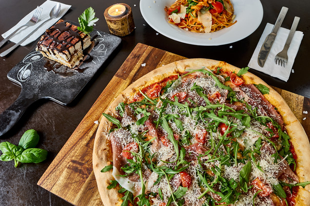 Eatalian pizza.jpg