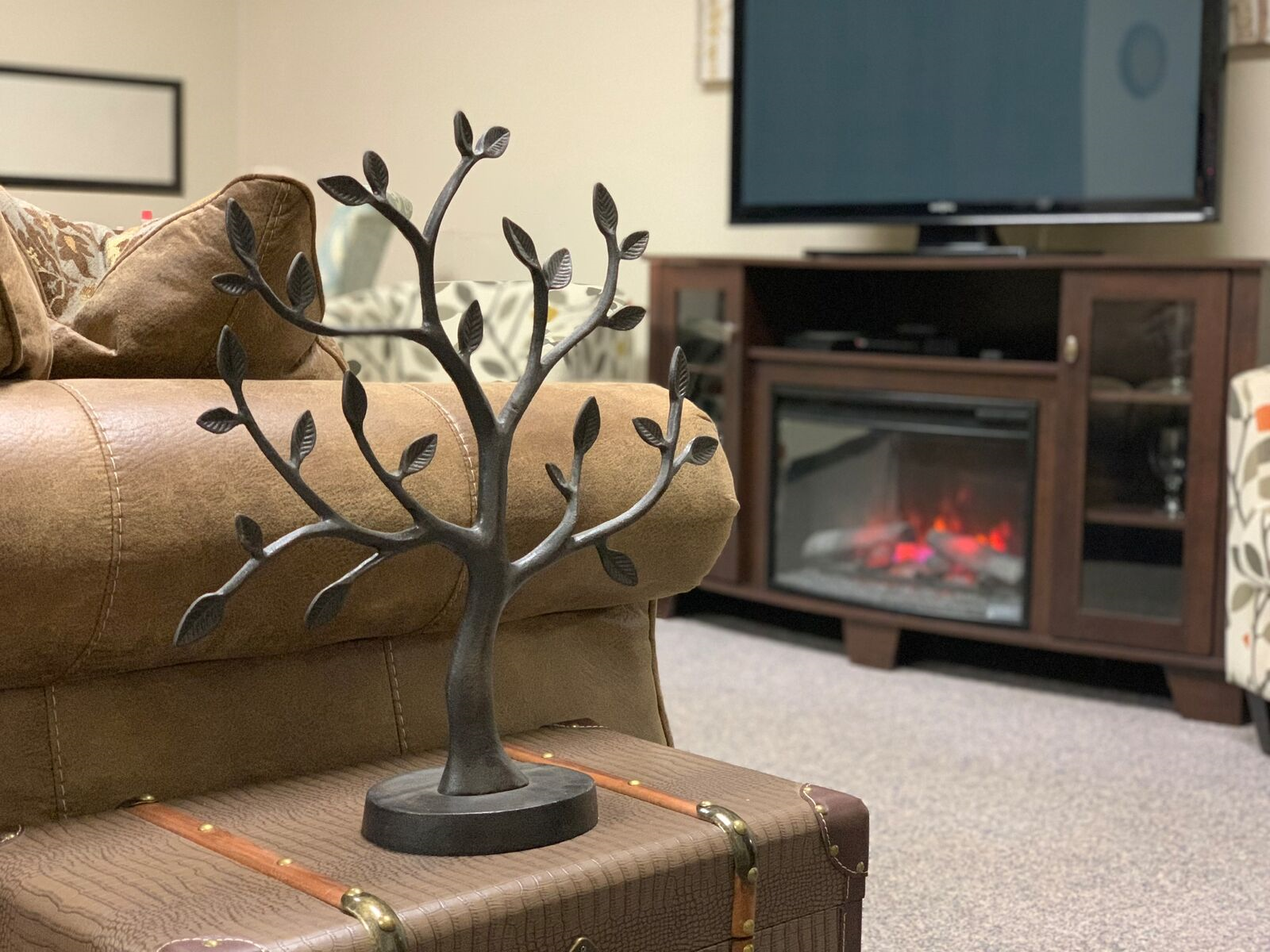fireplace room tree