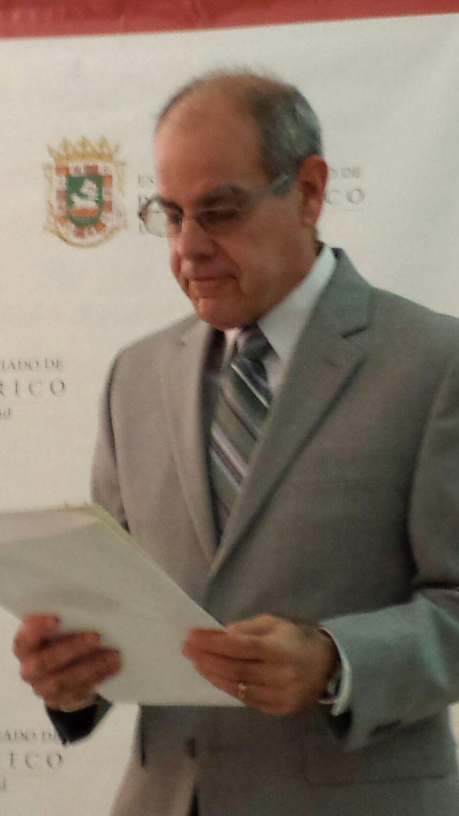 Dr. Miguel Valencia Prado