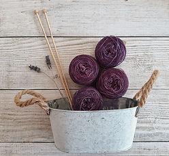 purple-yarns-2767653 (1).jpg