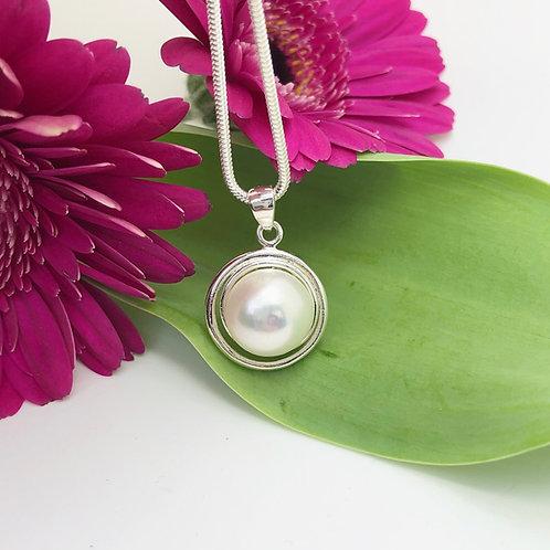 Pearl Flower Pendant