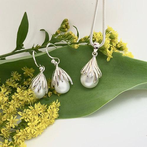 Pearl & Silver Acorn Pendant