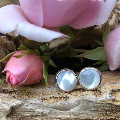 Mother of Pearl Circular Studs